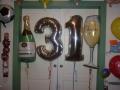 Folienballons Zahlen 31 mit Sektglas und Sektflasche