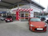 Ballongirlande-Autohaus-Hohmann-Toyota