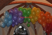 Luftballons als Regenbogen