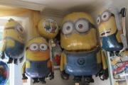 Die Minion Folienballons in unserem Laden
