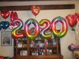 Folienballons-Zahlen-2-0-2-0